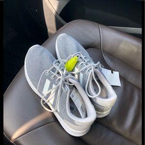 NWT adidas tennis shoes
